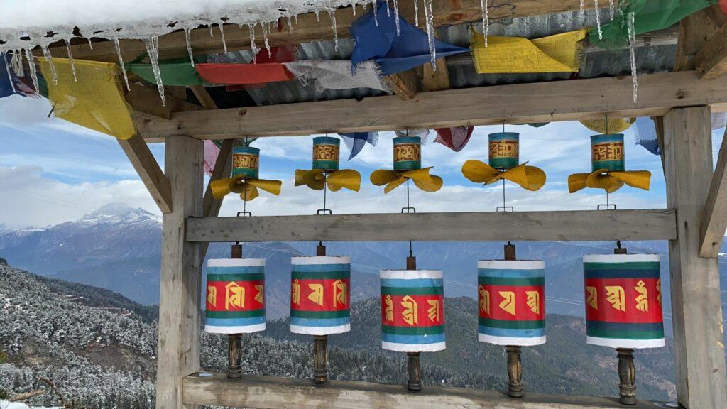 Modlitební mlýnky ukláštera Kila Gompa